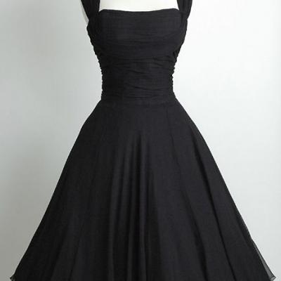 Short Black Chiffon Homecoming Dresses