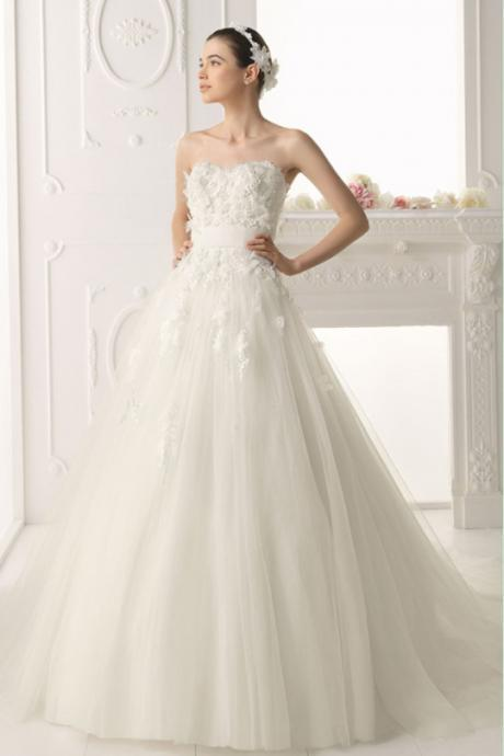 Strapless A-line White tulle Wedding Dress Lace Appliques women Bridal Gowns