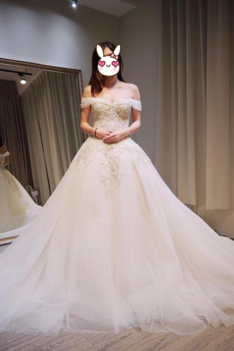 Off the Shoulder A-line Long Tulle Wedding Dress Lace Appliques Floor Length Women Bridal Gowns