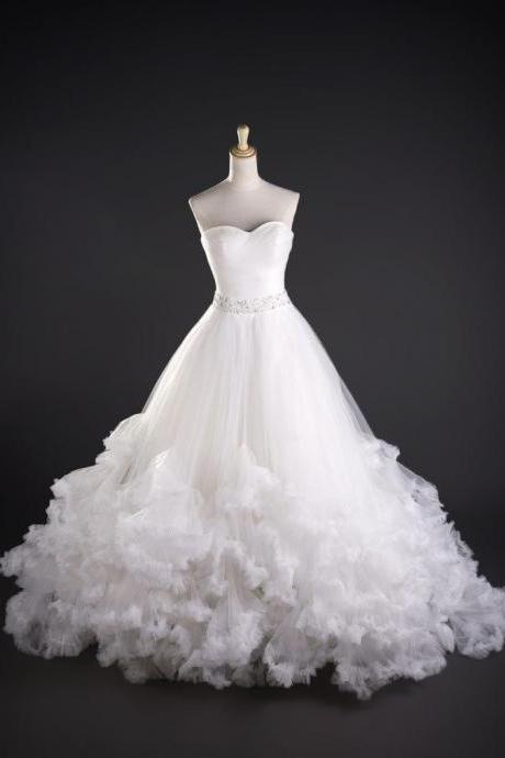 Strapless Ruffle Tulle Wedding Dress Strapless beaded Floor Length Women Bridal Gowns