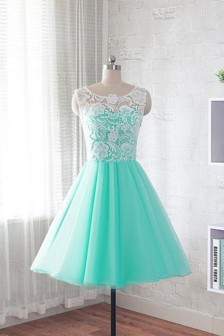 Scoop Neck Above Knee Mini Tulle Homecoming Dress Lace appliques Women Party Dress 2019