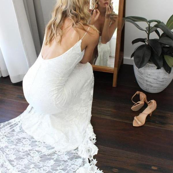 Open Back Spaghetti Straps Sheath Lace Wedding Dress Floor Length Women Bridal Gowns